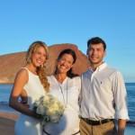 Nadine mit ihrem Brautpaar